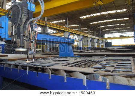 Machine For Cutting Steel Sheets In A Factory
