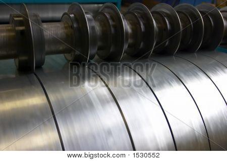 Machine For Cutting Steel Sheet