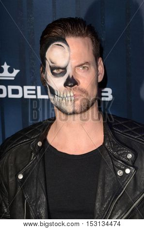 LOS ANGELES - OCT 22:  Shane West at the 2016 Maxim Halloween Party at Shrine Auditorium on October 22, 2016 in Los Angeles, CA