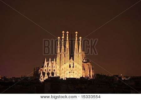 Sagrada familia cathedral in Barcelona, Spain at night