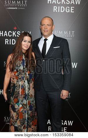 LOS ANGELES - OCT 24:  Kyla Weber, Vince Vaughn at the