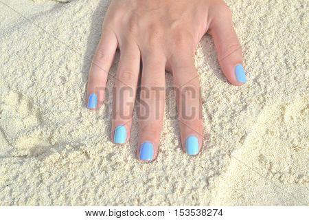 Art nail on the beach white sand