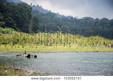 Bali Indonesia Trekking Hiking in the Jungle lake Tamblingan 2