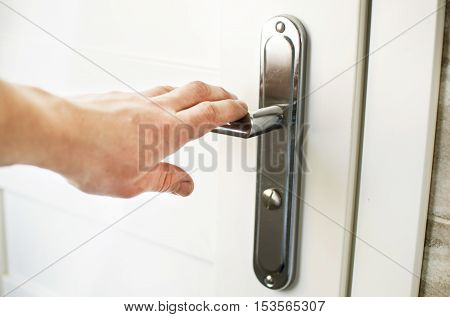 The Process Of Clicking On The Handle