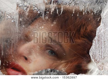Face in ice