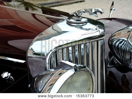 RATIBORICE, TSCHECHISCHE REPUBLIK - AUGUST 7: IX. Oldtimer Show - Detail der Jaguar-Modell aus den 1930er Jahren.  A