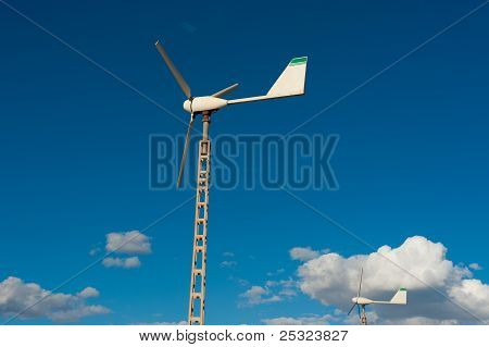 Small Domestic Wind Generator