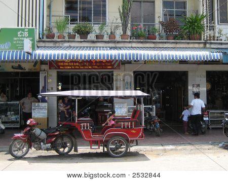 Phnom Penh Tut Tut