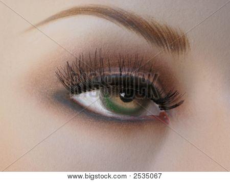 Mannequin'S Eye.