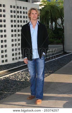 Los Angeles 25. Juni: Eric christian Olsen bei der Premiere von