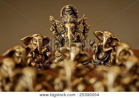 Ganesha entre de Ganesha