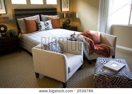 Dormitorio de la casa de lujo.