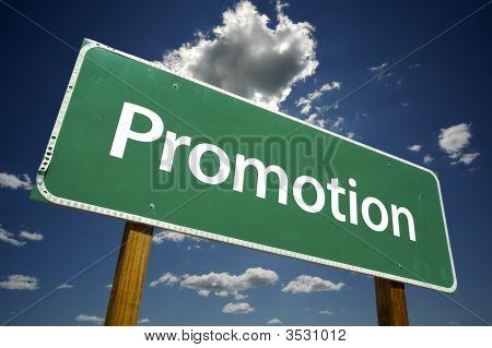 Señal de tráfico de la promoción