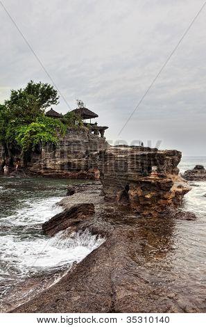 Temple in the sea( Pura tanah lot)