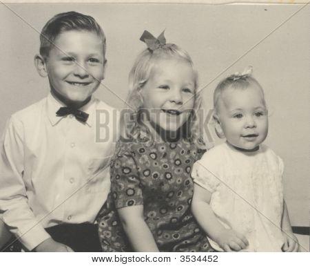 Kinder Jahrgang Foto