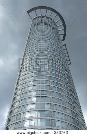 Semicircular Skyscraper