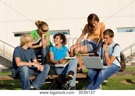 Schule-Studiengruppe