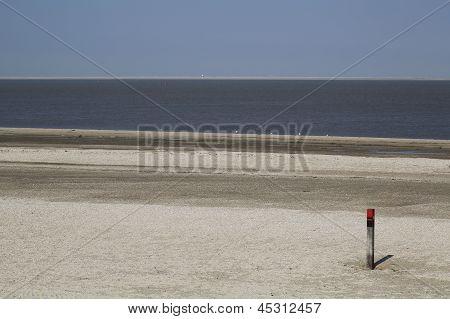 Wooden Pole Texel - 1