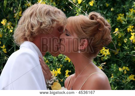 Prom Couple Kiss
