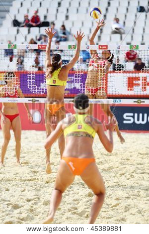 MOSCOW - JUNE 6: Athlete women from USA play volleyball in Country Quota at tournament Grand Slam of beach volleyball 2012, on June 6, 2012 in Moscow, Russia.