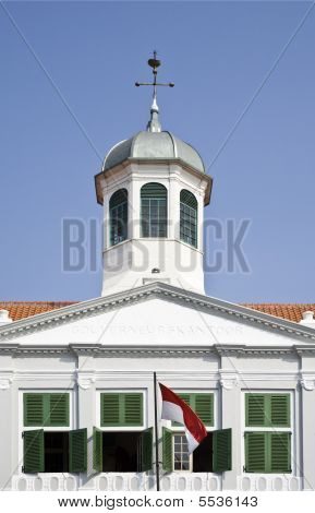 Dutch Colonial Building