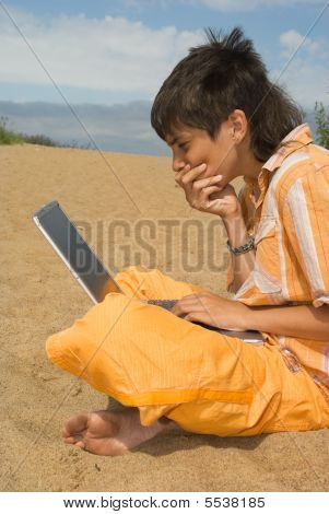 The Teenager  With Laptops