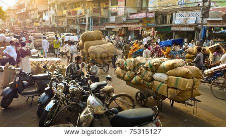 Road Near Spice Market In New Delhi