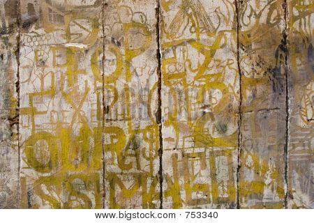 Graffito2 francés