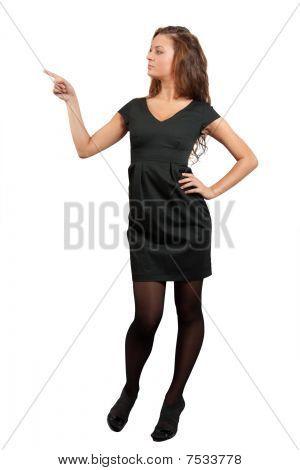 Menina em pontos de vestido preto no Copyspace
