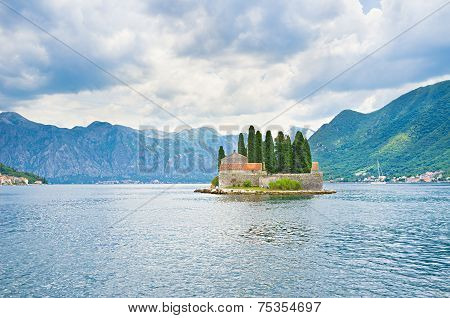 The Lonely Islet