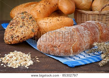 Bread products  and oat groats