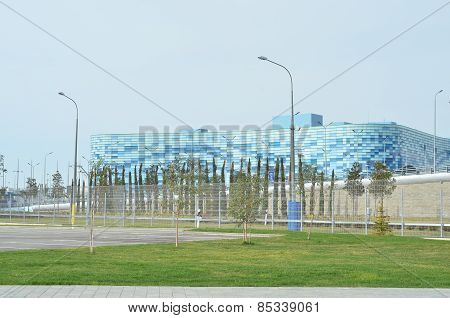 SOCHI, RUSSIA-February, 7 2015: Young woman on Olympic Winter Palace of Sports