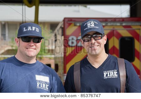 Unidentified Firefighters In Front Of The Department In The 30Th La Marathon Edition