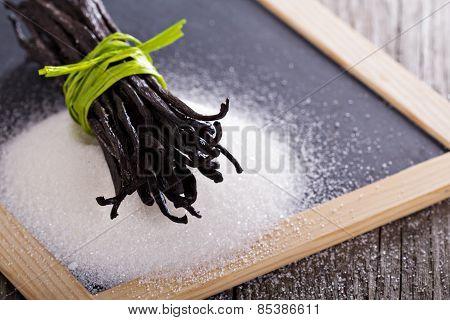 Sugar and vanilla beans