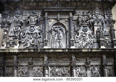 bas-relief chapel Boim