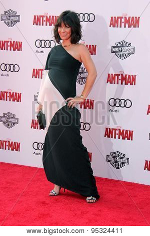 vLOS ANGELES - JUN 29:  Evangeline Lilly at the