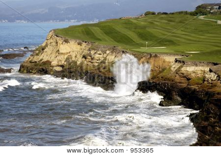 Golf By The Sea 3