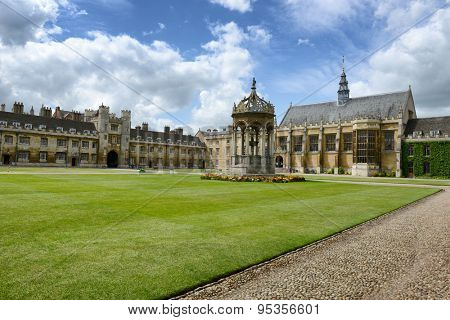 CAMBRIDGE, ENGLAND - MAY 13: Ornate historical stone fountain in the center of the Great Court, Trinity College, Cambridge University, Cambridge, England on May 13, 2015
