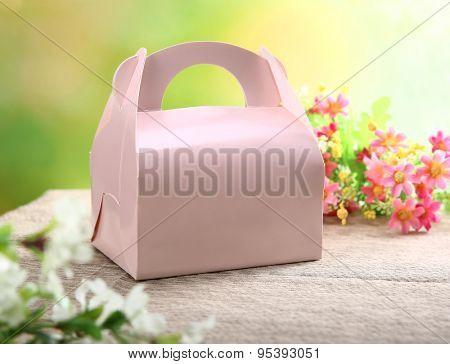Food packing box