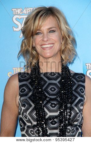 BURBANK - JUNE 25: Catherine Mary Stewart arrives at the 41st Annual Saturn Awards on Thursday, June 25, 2015 at the Castaway Restaurant in Burbank, CA.