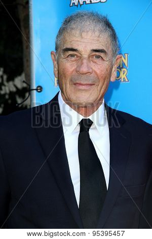 BURBANK - JUNE 25: Robert Forster arrives at the 41st Annual Saturn Awards on Thursday, June 25, 2015 at the Castaway Restaurant in Burbank, CA.