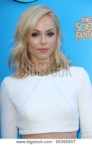 BURBANK - JUNE 25: Laura Vandervoort arrives at the 41st Annual Saturn Awards on Thursday, June 25, 2015 at the Castaway Restaurant in Burbank, CA.