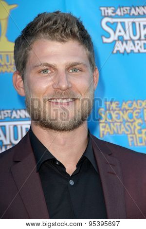 BURBANK - JUNE 25: Travis Van Winkle arrives at the 41st Annual Saturn Awards on Thursday, June 25, 2015 at the Castaway Restaurant in Burbank, CA.