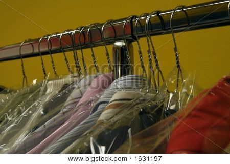 Dry Cleaner'S Rack