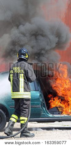 Italian Fireman Extinguished The Car Fire