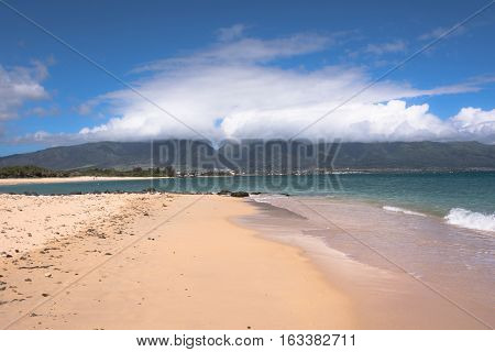 View of the sand beach at Kanaha Beach Park in North Shore in Maui, Hawaii