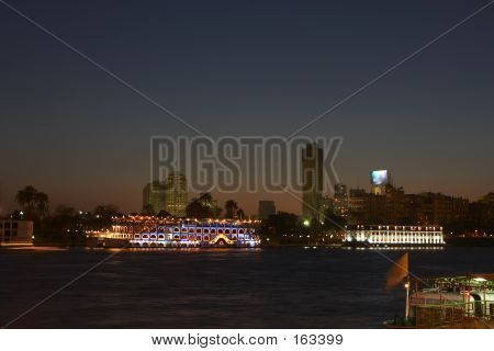 Cairo Riverboats5