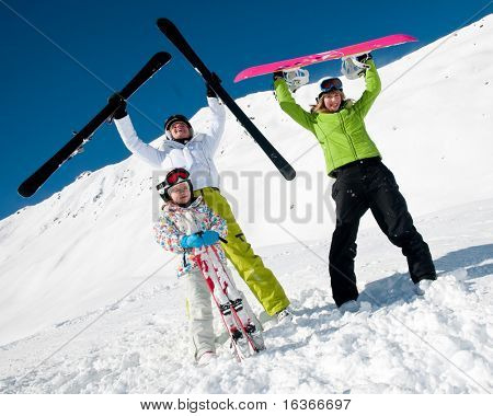 Family, ski, sun and fun