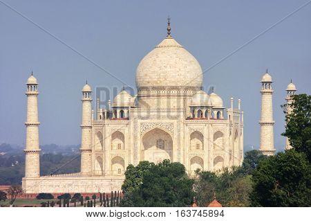 View Of Taj Mahal In Agra, Uttar Pradesh, India