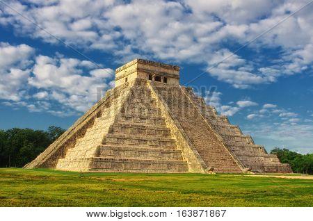 Pyramid In Chichen Itza, Temple Of Kukulkan. Yucatan. Mexico